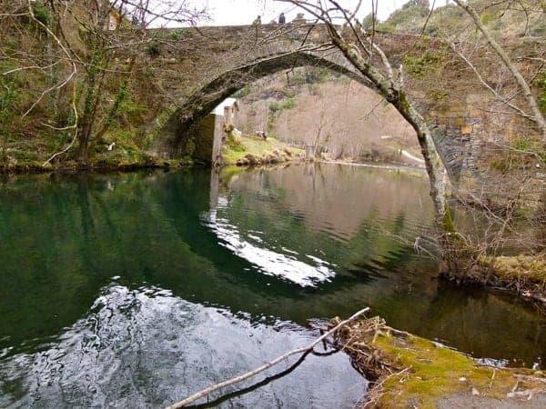 Ponte de Barxa de Lor, paso do Camiño de inverno cara a Compostela.